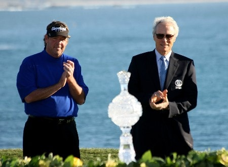 PEBBLE BEACH, CA - FEBRUARY 10:  Steve Lowery (L) and Clint Eastwood applaud during victory ceremonies after Lowery won a one hole playoff with Vijay Singh during the final round of the AT&T Pebble Beach National Pro-Am on Pebble Beach Golf Links on February 10, 2008 in Pebble Beach. California.  (Photo by Stephen Dunn/Getty Images)