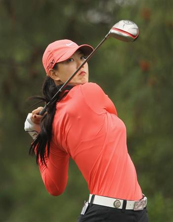 CITY OF INDUSTRY, CA - MARCH 27:  Michelle Wie hits her tee shot on the ninth hole during the final round of the Kia Classic on March 27, 2011 at the Industry Hills Golf Club in the City of Industry, California.  (Photo by Scott Halleran/Getty Images)