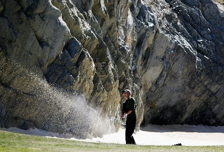 QUEENSTOWN, NEW ZEALAND - NOVEMBER 29: Daniel Chopra of Sweden plays out of a bunker on the 17th during the first round of the New Zealand Open on November 29, 2007 in Queenstown, New Zealand.  (Photo by Phil Walter/Getty Images)