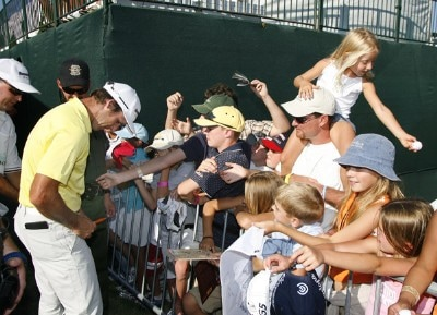 Will MacKenzie signs autographs for fans after the fourth and final round of the Reno Tahoe Open held at Montreux Golf and Country Club in Reno, Nevada, on August 27, 2006.Photo by Stan Badz/PGA TOUR/WireImage.com