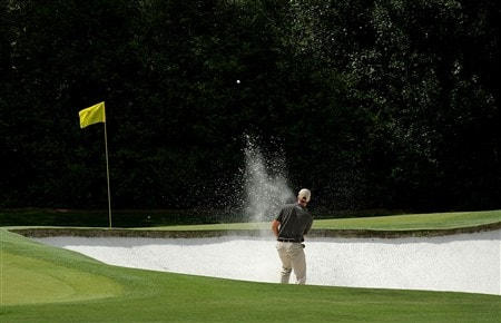 AUGUSTA, GA - APRIL 11:  Henrik Stenson of Sweden hits a shot during the second round of the 2008 Masters Tournament at Augusta National Golf Club on April 11, 2008 in Augusta, Georgia.  (Photo by Harry How/Getty Images)