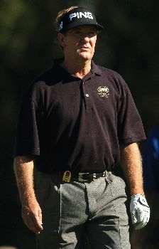 Bob Gilder heads for the fairway after his tee shot on the second hole during the first round of the Champions' Tour 2005 SBC Classic at  the Valencia Country Club in Valencia, California March 11, 2005.