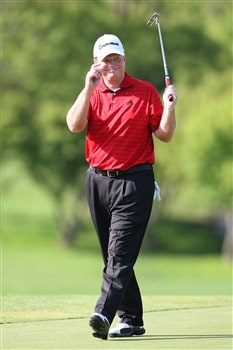 WEST DES MOINES, IA - MAY 30:  Lonnie Nielsen acknowledges the crowd after making a birdie during the first round of the Principal Charity Classic on May 30, 2008 at Glen Oaks Country Club in West Des Moines, Iowa. (Photo by G. Newman Lowrance/Getty Images)