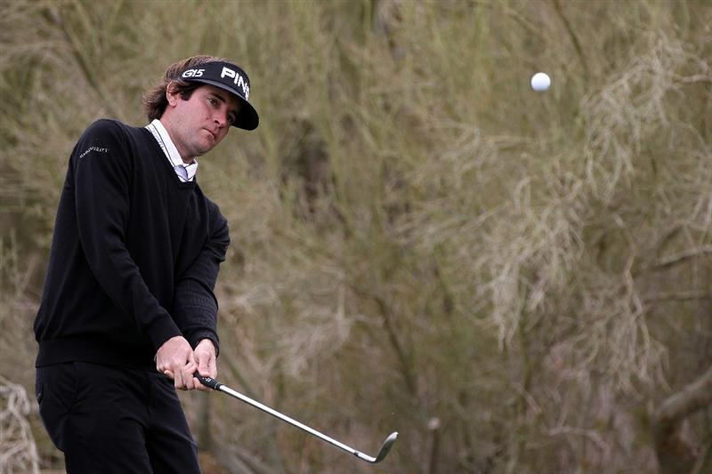 MARANA, AZ - FEBRUARY 26:  Bubba Watson chips to the green on the first hole during the semifinal round of the Accenture Match Play Championship at the Ritz-Carlton Golf Club on February 26, 2011 in Marana, Arizona.  (Photo by Sam Greenwood/Getty Images)