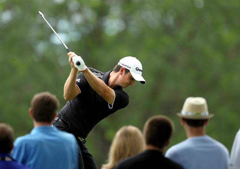 DUBLIN, OH - JUNE 06:  Justin Rose of England hits his tee shot on the fourth hole during the final round of The Memorial Tournament presented by Morgan Stanley at Muirfield Village Golf Club on June 6, 2010 in Dublin, Ohio.  (Photo by Andy Lyons/Getty Images)