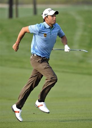 SUZHOU, CHINA - APRIL 16:  Pablo Larrazabal of Spain runs on the 9th hole during the Round Two of the Volvo China Open on April 16, 2010 in Suzhou, China.  (Photo by Victor Fraile/Getty Images)