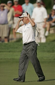 Jeff Sluman reacts to missing his birdie putt on #18 in the third round of the Memorial Tournament at Muirfield Village Golf Club - Dublin, Ohio. Saturday, June 4, 2005Photo by Chris Condon/PGA TOUR/WireImage.com