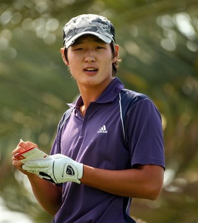 ABU DHABI, UNITED ARAB EMIRATES - JANUARY 16:  Danny Lee of New Zealand prepares to tee off on the 18th hole during the second round of The Abu Dhabi Golf Championship at Abu Dhabi Golf Club on January 16, 2009 in Abu Dhabi, United Arab Emirates.  (Photo by Andrew Redington/Getty Images)