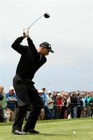 PEBBLE BEACH, CA - JUNE 15:  Jim Furyk hits a tee shot during a practice round prior to the start of the 110th U.S. Open at Pebble Beach Golf Links on June 15, 2010 in Pebble Beach, California.  (Photo by Andrew Redington/Getty Images)