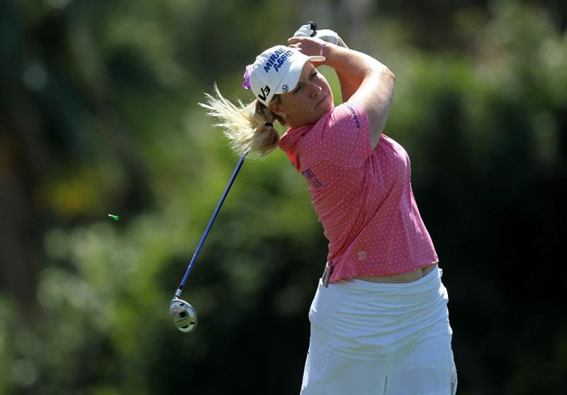 RANCHO MIRAGE, CA - APRIL 03:  Brittany Lincicome hits her tee shot on the sixth hole during the final round of the Kraft Nabisco Championship at Mission Hills Country Club on April 3, 2011 in Rancho Mirage, California.  (Photo by Stephen Dunn/Getty Images)