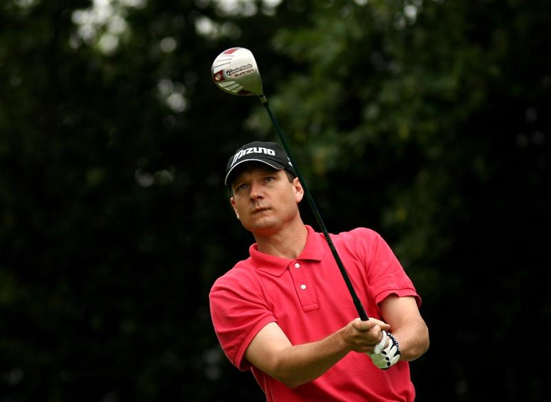 JOHANNESBURG, SOUTH AFRICA - JANUARY 11:  Andrew McLardy of South Africa tee's off at the 1st during the final round of the Joburg Open at Royal Johannesburg and Kensington Golf Club on January 11, 2009 in Johannesburg, South Africa.  (Photo by Richard Heathcote/Getty Images)