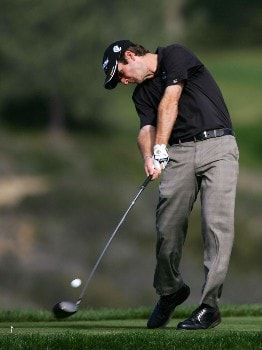 LA JOLLA, CA - JANUARY 26:  Kevin Streelman hits a tee shot on the fifth hole during the third round of the Buick Invitational at the Torrey Pines Golf Course January 26, 2008 in La Jolla, California.  (Photo by Harry How/Getty Images)