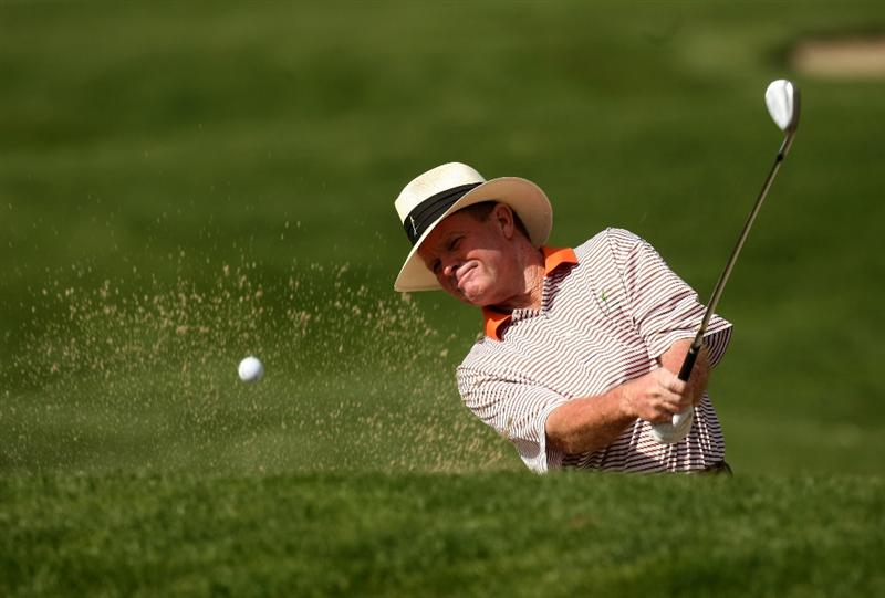 VALENCIA, CA - MARCH 14: Tom Kite hits from a bunker on the first hole during the second round of the AT&T Chapmpions Classic on March 14, 2009 at Valencia Country Club in Valencia, California.  (Photo by Stephen Dunn/Getty Images)
