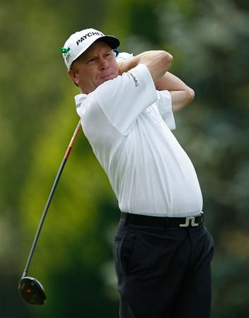 ENDICOTT, NY - JUNE 28:  Jeff Sluman hits his tee shot on the 8th hole during the final round of The Dick's Sporting Goods Open at En-Joie Golf Club on Sunday, June 28, 2009 in Endicott, New York  (Photo by Mike Ehrmann/Getty Images)