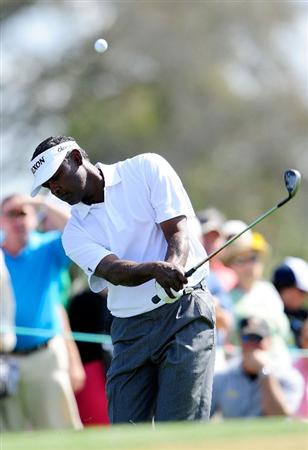 PALM BEACH GARDENS, FL - MARCH 07:  Vijay Singh of Fiji plays a shot on the 6th hole during the final round of the Honda Classic at PGA National Resort And Spa on March 7, 2010 in Palm Beach Gardens, Florida.  (Photo by Sam Greenwood/Getty Images)
