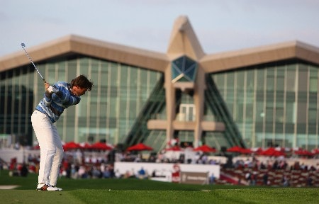 ABU DHABI, UNITED ARAB EMIRATES - JANUARY 18:  Robert Jan Derksen of Holland hits his second shot on the ninth hole during the second round of The Abu Dhabi Golf Championship at Abu Dhabi Golf Club on January 18, 2008 in Abu Dhabi.  (Photo by Andrew Redington/Getty Images)