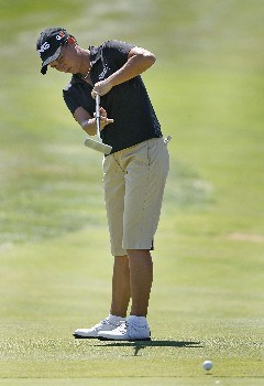 SPRINGFIELD, IL - SEPTEMBER 2: Sherri Steinhauer putts for birdie on the 10th hole during the final round of the State Farm Classic at Panther Creek Country Club on September 2, 2007 in Springfield, Illinois. (Photo by Hunter Martin/Getty Images)