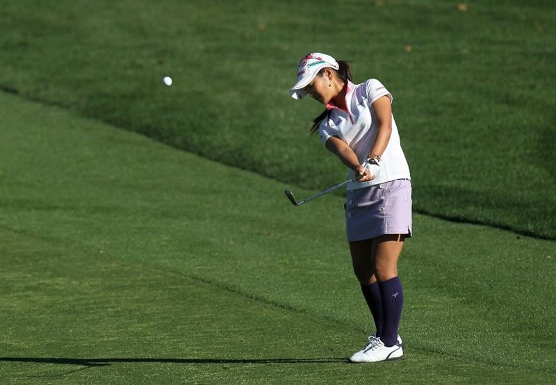 RANCHO MIRAGE, CA - APRIL 01:  Ai Miyazato of Japan pitches onto the green on the second hole during the second round of the Kraft Nabisco Championship at Mission Hills Country Club on April 1, 2011 in Rancho Mirage, California.  (Photo by Stephen Dunn/Getty Images)