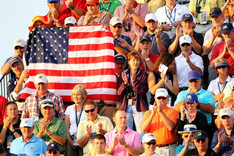 LOUISVILLE, KY - SEPTEMBER 19:  USA team supporters on the first tee during the morning foursomes on day one of the 2008 Ryder Cup at Valhalla Golf Club on September 19, 2008 in Louisville, Kentucky.  (Photo by Andrew Redington/Getty Images)