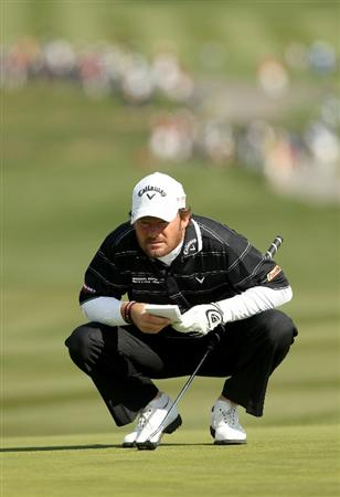 PEBBLE BEACH, CA - FEBRUARY 13:  Alex Cejka of Germany lines up a putt on the 6th hole during the final round of the AT&T Pebble Beach National Pro-Am at the Pebble Beach Golf Links on February 13, 2011 in Pebble Beach, California.  (Photo by Ezra Shaw/Getty Images)