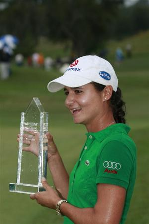 PRATTVILLE, AL - OCTOBER 4:  Lorena Ochoa of Mexico holds the trophy after winning the Navistar LPGA Classic at the Robert Trent Jones Golf Trail at Capitol Hill on October 4, 2009 in  Prattville, Alabama.  (Photo by Dave Martin/Getty Images)