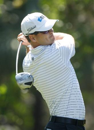 HILTON HEAD ISLAND, SC - APRIL 15:  Zach Johnson hits his tee shot on the eighth hole during the first round of the Verizon Heritage at the Harbour Town Golf Links on April 15, 2010 in Hilton Head lsland, South Carolina.  (Photo by Scott Halleran/Getty Images)
