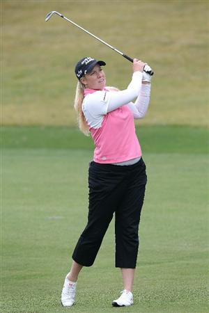 SHIMA, JAPAN - NOVEMBER 07:  Brittany Lincicome of the United States plays an approach shot on the 4th hole during the final round of the Mizuno Classic at Kintetsu Kashikojima Country Club on November 7, 2010 in Shima, Mie, Japan.  (Photo by Kiyoshi Ota/Getty Images)