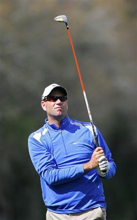 PALM HARBOR, FL - MARCH 18:  Stewart Cink watches his shot during the first round of the Transitions Championship at the Innisbrook Resort and Golf Club held on March 18, 2010 in Palm Harbor, Florida.  (Photo by Michael Cohen/Getty Images)