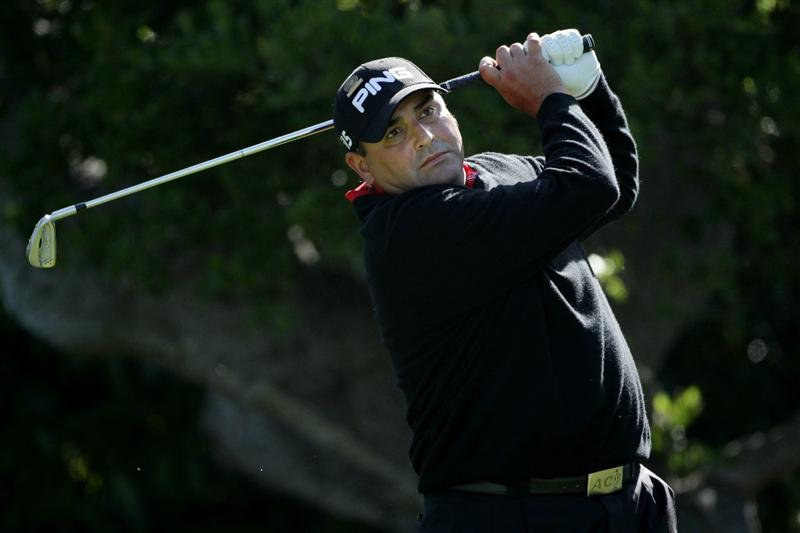 PEBBLE BEACH, CA - JUNE 17:  Angel Cabrera of Argentina hits a tee shot on the 16th hole during the first round of the 110th U.S. Open at Pebble Beach Golf Links on June 17, 2010 in Pebble Beach, California.  (Photo by Andrew Redington/Getty Images)