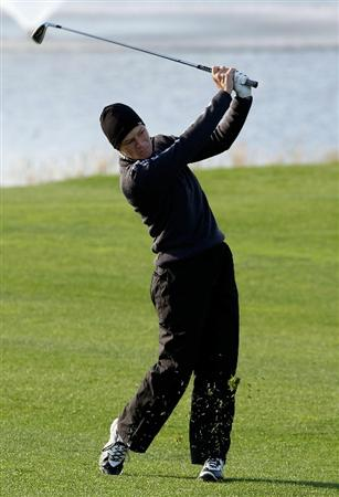 INCHEON, SOUTH KOREA - OCTOBER 30:  Catriona Matthew of Scotland on the first hole during the 2010 LPGA Hana Bank Championship at Sky 72 Golf Club on October 30, 2010 in Incheon, South Korea.  (Photo by Chung Sung-Jun/Getty Images)