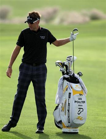 DOHA, QATAR - FEBRUARY 03:  Ian Poulter of England on the par four 14th hole during the first round of the Commercialbank Qatar Masters at the Doha Golf Club on February 3, 2011 in Doha, Qatar.  (Photo by Ross Kinnaird/Getty Images)