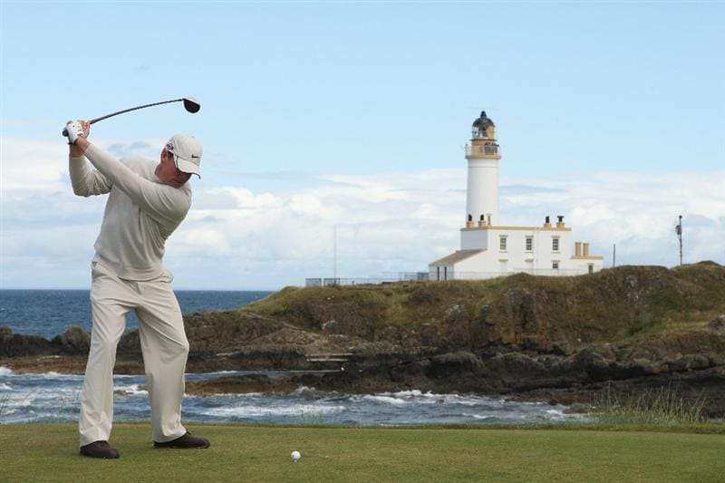 TURNBERRY, SCOTLAND - JULY 19:  Justin Leonard of USA tees off on the 9th hole during the final round of the 138th Open Championship on the Ailsa Course, Turnberry Golf Club on July 19, 2009 in Turnberry, Scotland.  (Photo by Warren Little/Getty Images)