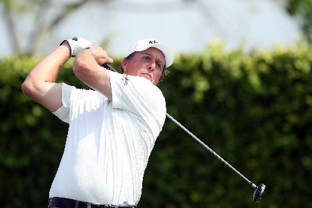 ORLANDO, FL - MARCH 12:  Phil Mickelson of the USA tees off at the ninth hole during the pro-am for the 2008 Arnold Palmer Invitational presented by Mastercard at the Bay Hill Golf Club, on March 12, 2008 in Orlando, Florida.  (Photo by David Cannon/Getty Images)