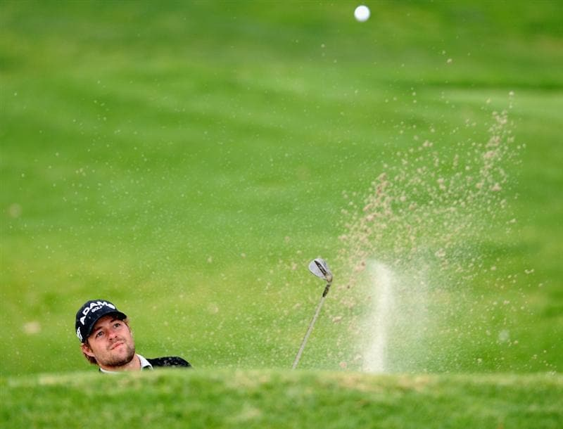 PACIFIC PALISADES, CA - FEBRUARY 18:  Ryan Moore plays his bunker shot on the nineth hole during the second round of the Northern Trust Open at Riviera Country Club on February 18, 2011 in Pacific Palisades, California.  (Photo by Stuart Franklin/Getty Images)