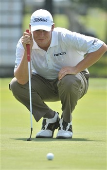 FORT WORTH , TX - MAY 23:  Johnson Wagner lines up a putt for birdie on the 18th hole  during the second round of the Crowne Plaza Invitational at Colonial Country Club on May 23, 2008 in Fort Worth, Texas.  (Photo by Marc Feldman/Getty Images)