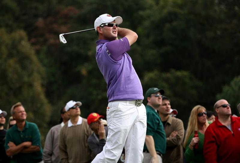 PACIFIC PALISADES, CA - FEBRUARY 21:  Rory Sabbatini of South Africa hits his tee shot on the 16th  hole during the third round of the Northern Trust Open on February 21, 2009 at Riviera Country Club in Pacific Palisades. California.  (Photo by Stephen Dunn/Getty Images)