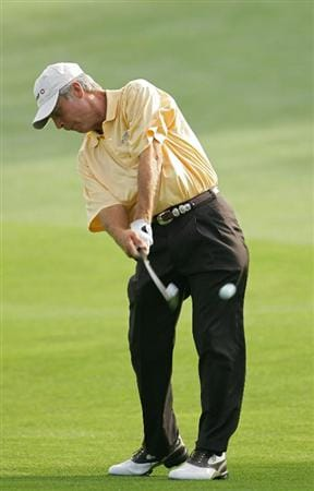 TIMONIUM, MD - OCTOBER 09:  Ben Crenshaw plays a shot from the fairway during the first round of the Constellation Energy Senior Players Championship at Baltimore Country Club East Course held on October 9, 2008 in Timonium, Maryland  (Photo by Michael Cohen/Getty Images)