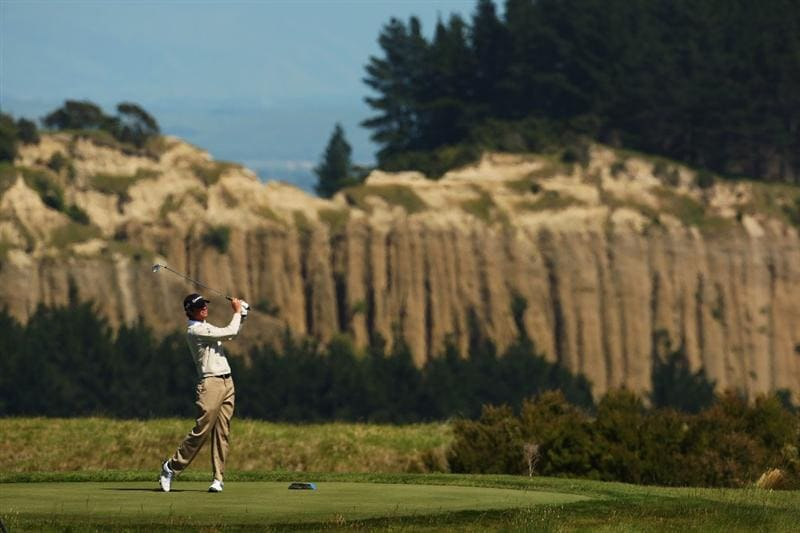NAPIER, NEW ZEALAND - NOVEMBER 12: Sean O'Hair of the USA tees off on the 6th hole during the second round of The Kiwi Challenge at Cape Kidnappers on November 12, 2009 in Napier, New Zealand.  (Photo by Phil Walter/Getty Images)