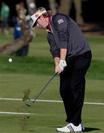 MIYAZAKI, JAPAN - NOVEMBER 22:  Brandt Snedeker of the USA hits his approach shot on the 18th hole during the third round of the Dunlop Phoenix Tournament 2008 at Phoenix Country Club on November 22, 2008 in Miyazaki, Japan.  (Photo by Koichi Kamoshida/Getty Images)