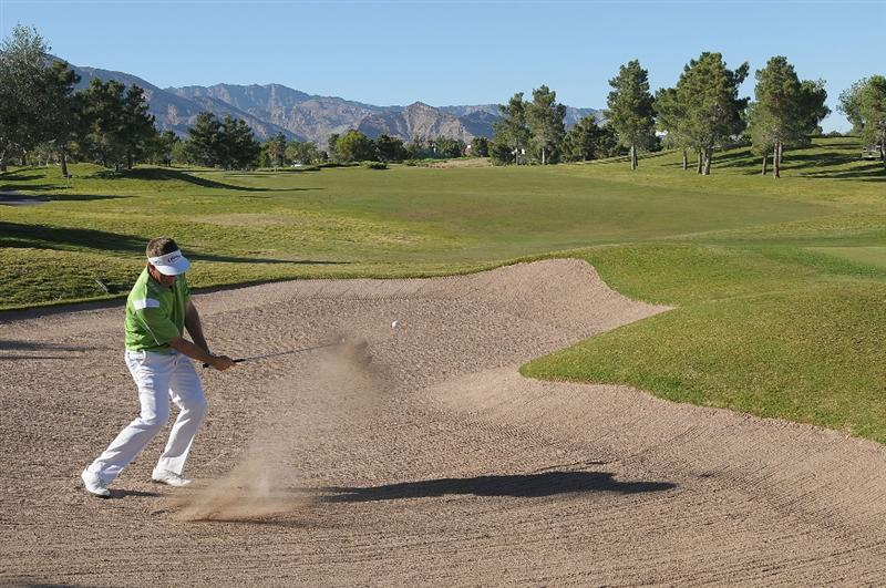 LAS VEGAS, NV- OCTOBER 16: Stuart Appleby hits out ot the greenside bunker on the first hole during the second round of the Justin Timberlake Shriners Hospitals for Children Open at the TPC Summerlin on October 16, 2009  in Las Vegas, Nevada. (Photo by Marc Feldman/Getty Images)