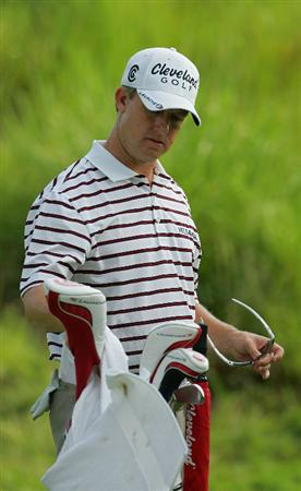 SILVIS, IL - JULY 11:  David Toms of the USA during the continuation of the second round of the John Deere Classic at TPC Deere Run held on July 11, 2009 in Silvis, Illinois.  (Photo by Michael Cohen/Getty Images)