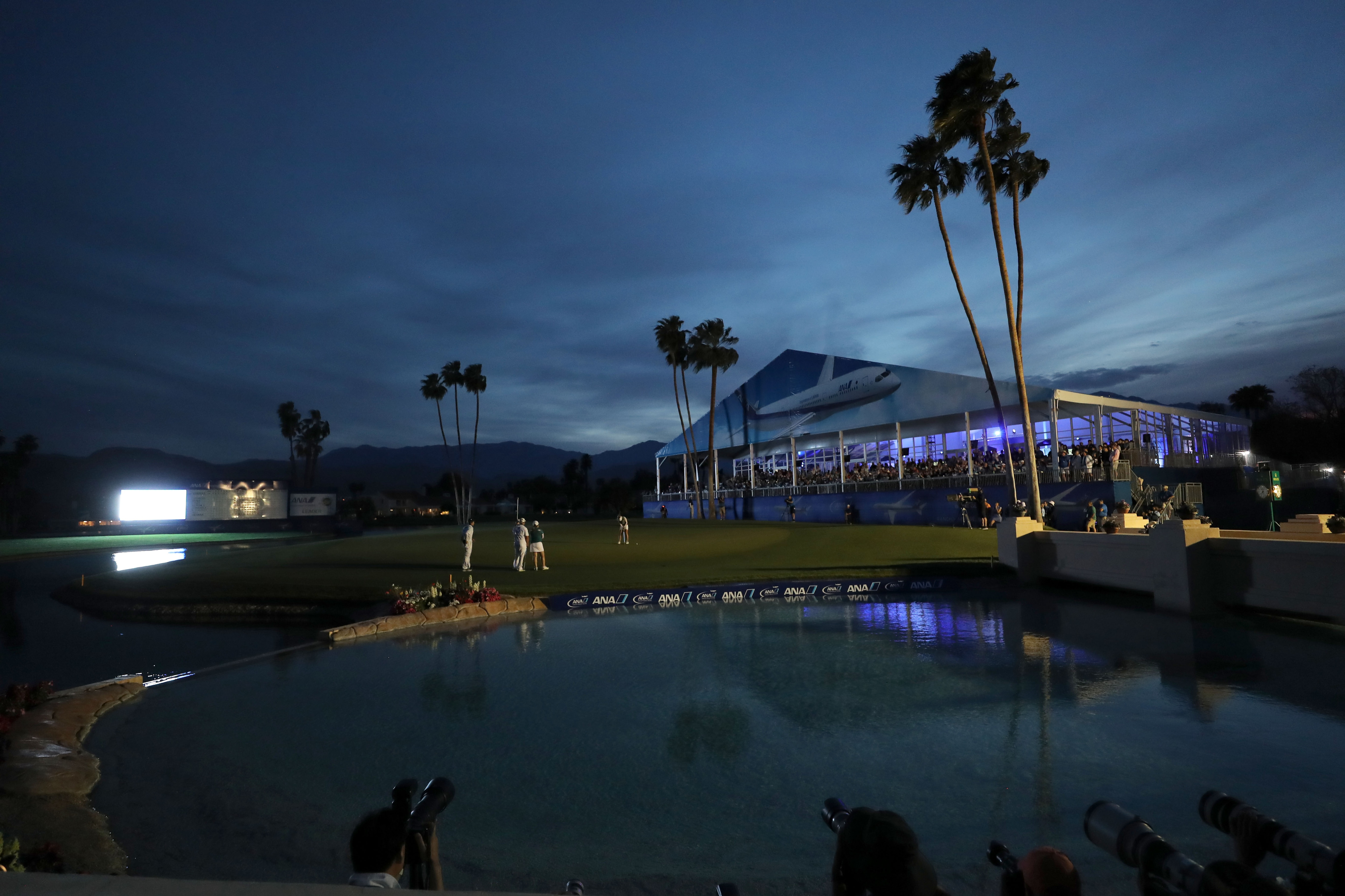 Darkness suspends the final round of the 2018 ANA Inspiration