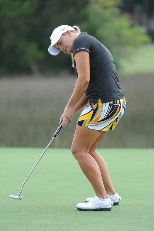 Jackie Stoelting Hoping Her Putt Goes In