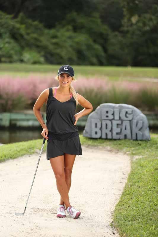 Lauren Sullivan Ready to Play Some Golf.