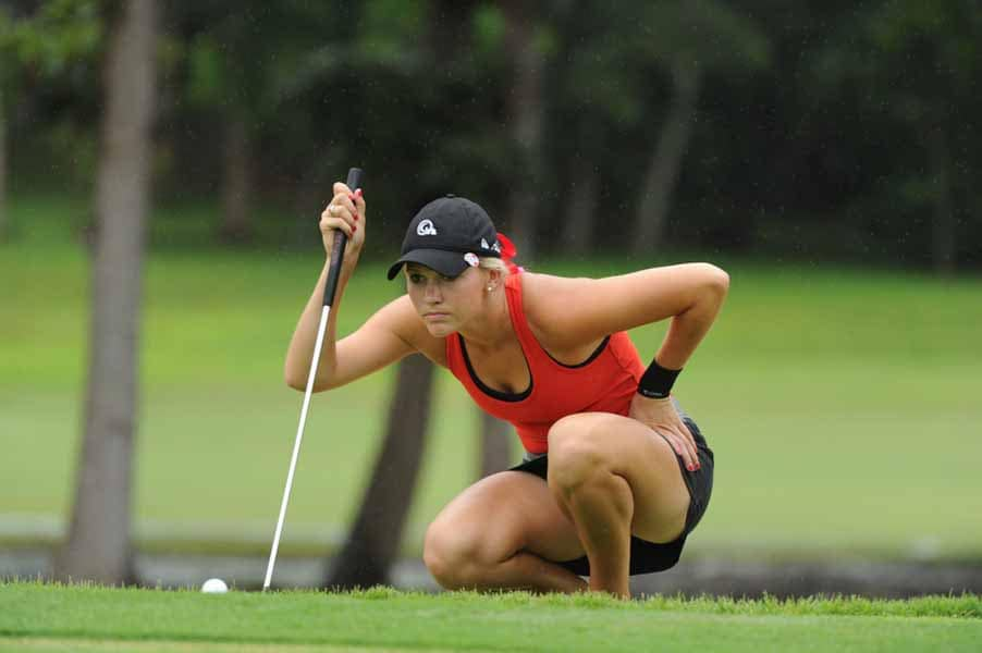 Emily Talley Lining Up Her Shot on Big Break NFL Puerto Rico.