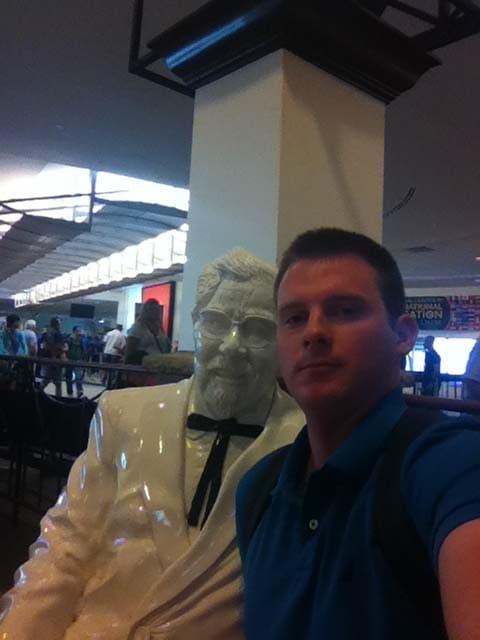 ... Colonel Selfie