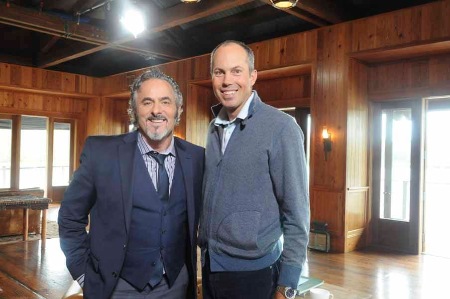Matt Kuchar and David Feherty Pose for a Picture