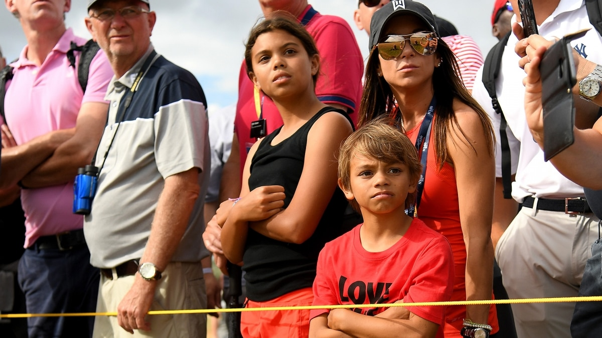 2018 british open  tiger woods shares emotional embrace with his kids sunday at carnoustie