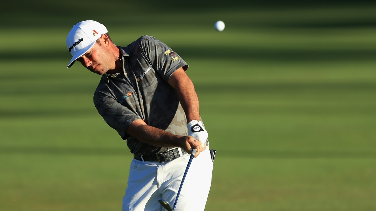 Chez Reavie eagles three from fairway at Sony Open