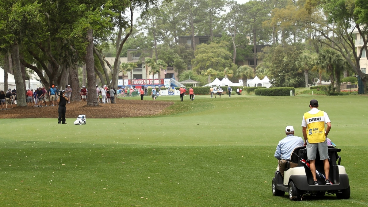 Second round at RBC Heritage resumes after 3:43 delay